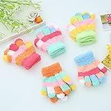 JAGENIE Kinder Kinder wärmende Handschuhe für Jungen und Mädchen, dick, Coral-Fleece, volle Finger-Handschuhe (zufällige Farbauswahl)