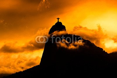 """Poster-Bild 90 x 60 cm: """"Corcovado Mountain with Christ the Redeemer on Sunset"""", Bild auf Poster"""