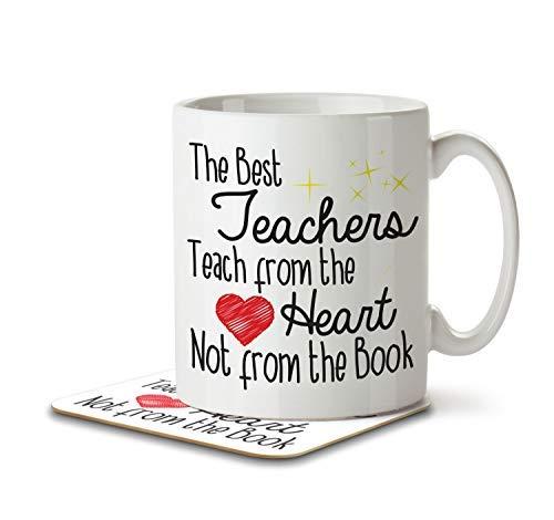 Die besten Lehrer lehren aus dem Herzen nicht aus dem Buch-Becher und Untersetzer von Inky Pinguin