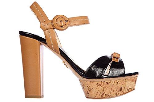 Prada sandali donna con tacco pelle vernice marrone Marrone