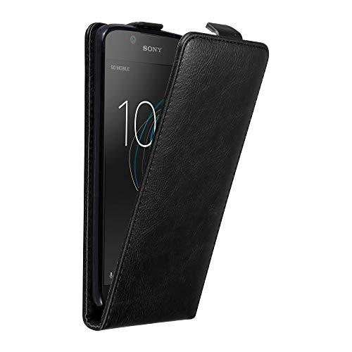 Cadorabo Hülle für Sony Xperia L1 in Nacht SCHWARZ - Handyhülle im Flip Design mit Magnetverschluss - Case Cover Schutzhülle Etui Tasche Book Klapp Style