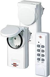 Brennenstuhl Funkschalt-Set RCS 1044 N Comfort (2er Funksteckdosen Set Außenbereich, mit Handsender, IP44 Schutz und Kindersicherung) weiß