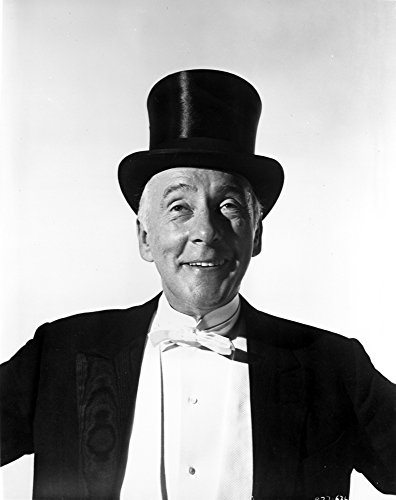 The Poster Corp Wilfried Hyde-White Wearing a top hat and Tuxedo Photo Print (20,32 x 25,40 cm)