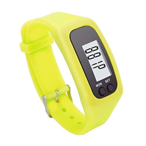 SODIAL Montre de podometre LED intelligente sportif Montre de podometre a bracelet en silicone Montre de podometre LCD numerique Compteur de calories a courte distance Montre (jaune) SODIAL