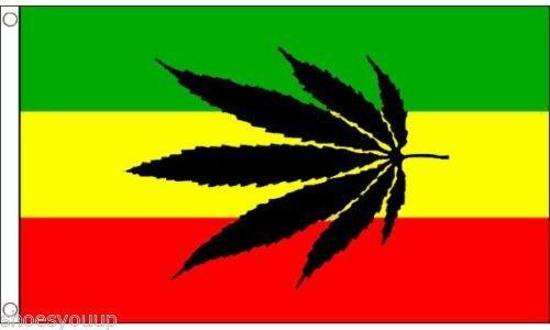 Flagmania® Gattung Blühende Pflanzen POT LEAF Reggae Flagge 5ft x 3ft Flag Banner Marke New + 59mm Button - Flagge Pot Leaf
