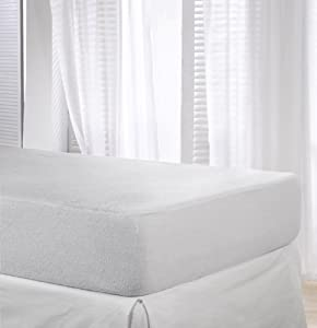 Velfont Waterproof and Breathable Mattress Protector - Fitted