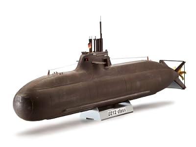 Revell Modellbausatz Schiff 1:144 - Deutsches U-Boot CLASS 212 A im Maßstab 1:144, Level 4, originalgetreue Nachbildung mit vielen Details, 05019 von Revell