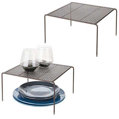mDesign Juego de 2 estantes de Cocina – Soportes para Platos de Metal – Pequeños organizadores de armarios para Tazas, Platos, Alimentos, etc. – Color Bronce