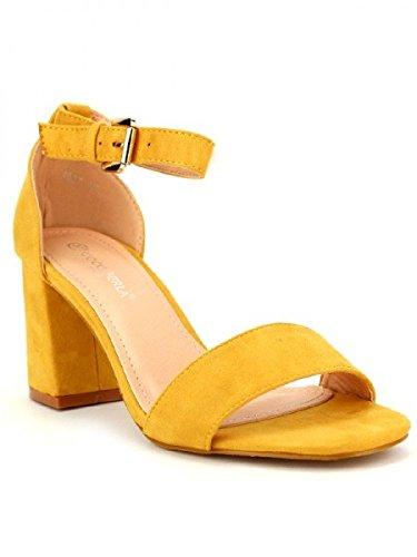 Cendriyon, Sandale color Moutarde COCO PERLA Chaussures Femme Jaune