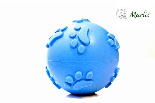 hundeball-von-marlii-in-handlicher-form-blauer-spielball-mit-quietschtnen-rutschfestes-spielzeug-mit