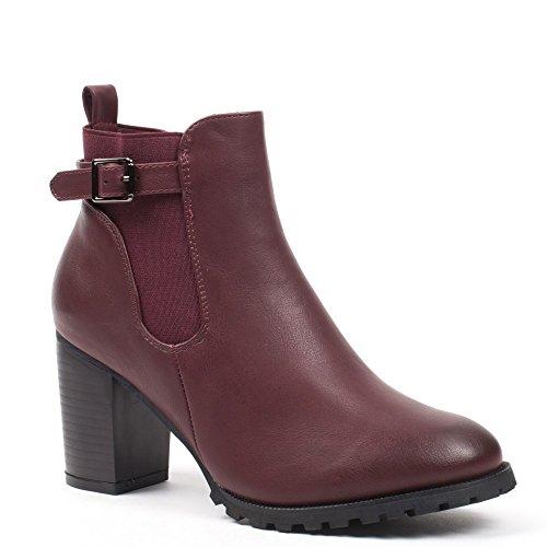 Ideal Shoes–Scarponcini con tacco spessa stile Chelsea con cinturone kahyna Rosso