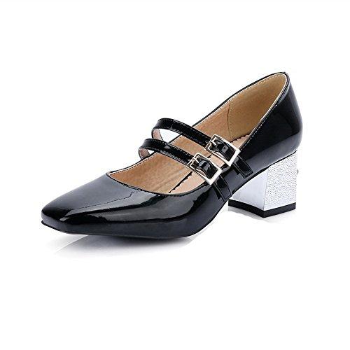 AllhqFashion Damen Lackleder Mittler Absatz Quadratisch Zehe Rein Schnalle Pumps Schuhe Schwarz
