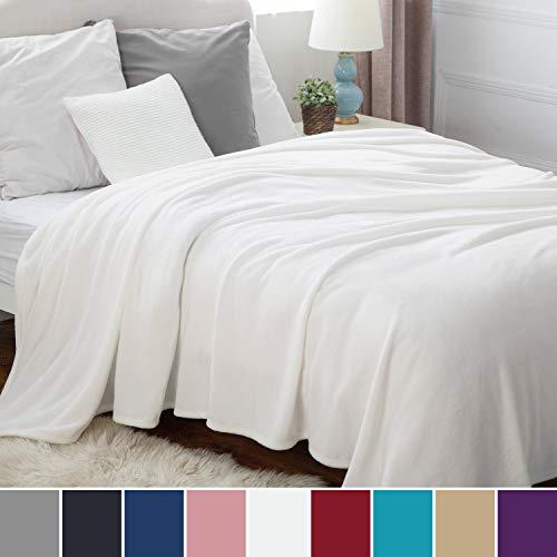 Bedsure Kuscheldecke XXL Weiß Flauschige große Riesen Decke, extra weich& warm Wohndecke, 230x270 cm Flanell Fleecedecke, Falten beständig/Anti-verfärben als Sofadecke oder Bettüberwurf