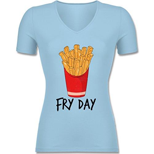 Statement Shirts - Fry Day - Pommes frites - Tailliertes T-Shirt mit V-Ausschnitt für Frauen Hellblau