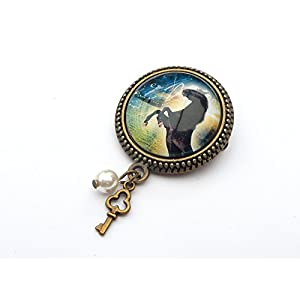 Brosche mit schwarzem Pferd in bronze