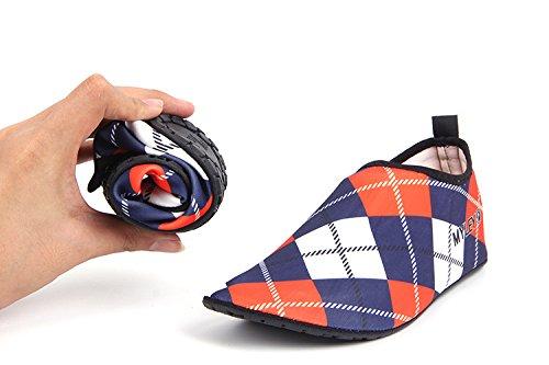 HYSENM Chaussure Aquatique 360° Flexible Résistant Séchage Rapide Semelle Antidérapant pour Sport Plage Piscine Surf Conduite Yoga rouge