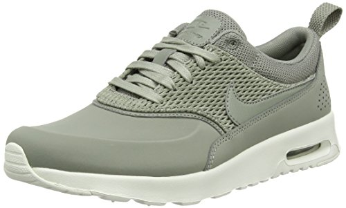 Nike Damen Air Max Thea Premium Leather Sneaker Grün (Dark Stucco/sail/dark Stucco)