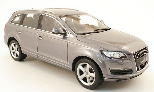 audi-q7-met-grau-2010-modellauto-fertigmodell-welly-118