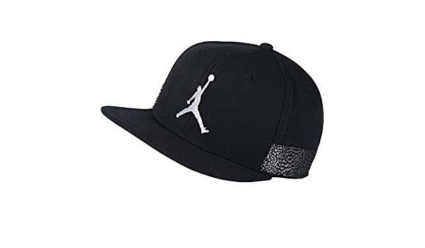 566d6ca8c4f7 Jordan Cap - Jumpman Pro AJ 3 Black White Grey Size  Adjustable   Amazon.co.uk  Clothing