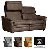 Cavadore 2-Sitzer Sofa Chalsay inkl. verstellbarem Kopfteil / mit Federkern / moderne 2er Couch / Größe: 145 x 94 x 92 cm (BxHxT) / Farbe: Braun (chocco)