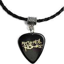 Collar con púa de guitarra con logo dorado de My Chemical Romance, de color negro