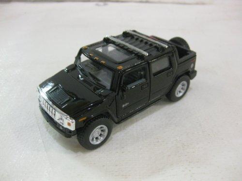 2005-hummer-h2-sut-in-black-diecast-140-scale-by-kinsmart