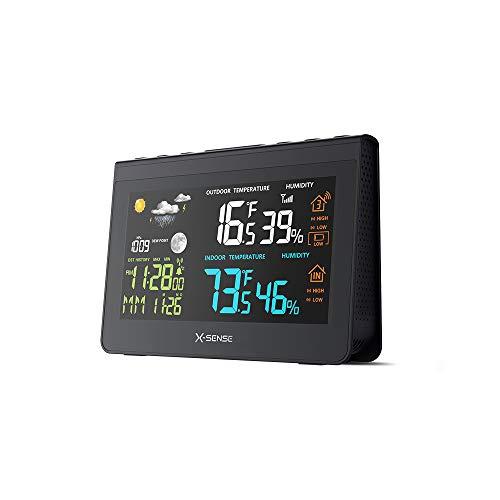 X-Sense Funk Wetterstation mit Außensensor | Mit großem hintergrundbeleuchtetem Farbdisplay 150 m Reichweite, Funkuhr, Taupunkt, Luftfeuchtigkeit und Wettervorhersage, Temperatur- und Weckalarm