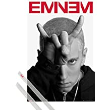 Póster + Soporte: Eminem Póster (91x61 cm) The Marshall Mathers, Horns Y 1 Lote De 2 Varillas Transparentes 1art1®