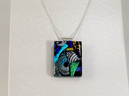 necklace-pendants-de-lux-range-fused-glass-lynne-sterling-silver-chain-jewellery