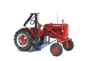 Tracteur FARMALL Cub avec faucheuse