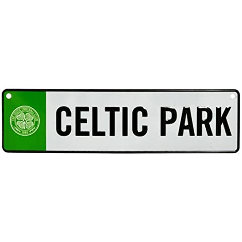 Official Celtic Football Club 3D Hanging Sign Metal NOVELTY STADIUM NAME PLATE SIZE 26CM X 7CM --COME WITH 2 RUBBER WINDOW SUCKERS