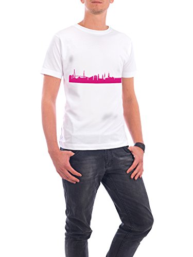 "Design T-Shirt Männer Continental Cotton ""Hamburg 04 Pink Skyline Print monochrome"" - stylisches Shirt Abstrakt Städte Städte / Hamburg Architektur von 44spaces Weiß"