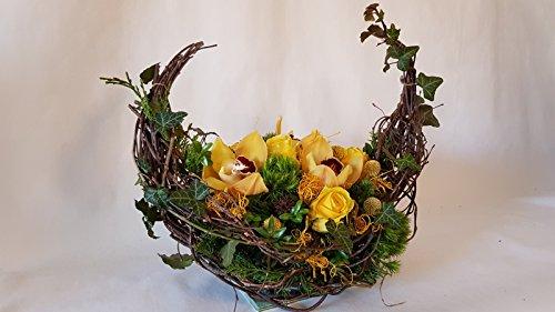 Frisches Gesteck zur Beerdigung in gelb kaufen und versenden ,,Schweigende Freundschaft,, Größe 50 Euro