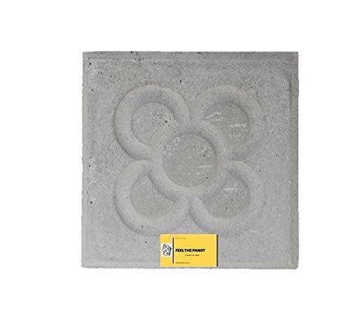 Baldosa Panot Flor Barcelona. Pieza Original fábrica de 20x20x4 Cemento Natural.