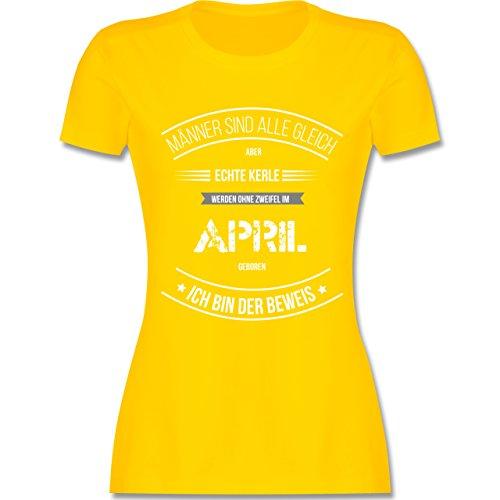 Shirtracer Geburtstag Echte Kerle Werden IM April Geboren Damen TShirt  Rundhals Gelb