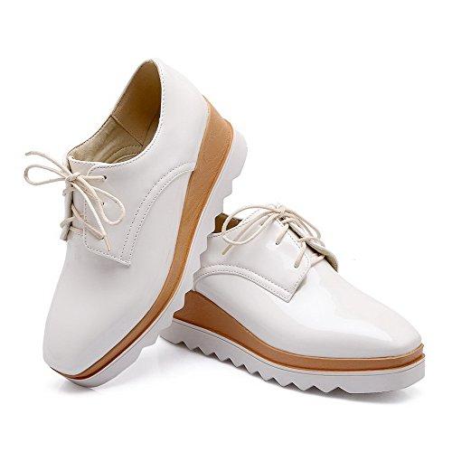 VogueZone009 Femme Lacet Pu Cuir Carré à Talon Correct Couleur Unie Chaussures Légeres Blanc