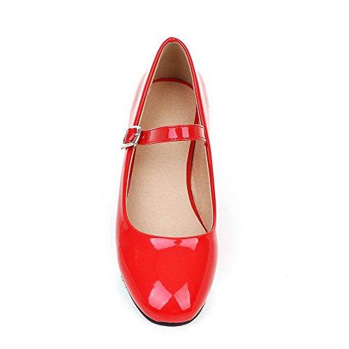 AllhqFashion Femme Boucle Carré à Talon Bas Pu Cuir Couleur Unie Chaussures Légeres Rouge