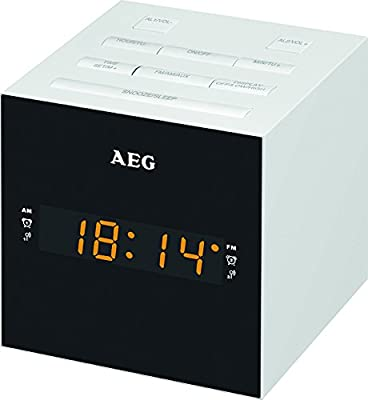 AEG MRC 4150 - Radio despertador digital con USB para carga de móvil (AM / FM / USB / AUX-IN) blanco y negro