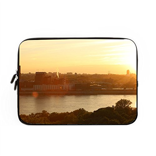 hugpillows-pour-ordinateur-portable-sac-de-montreal-sunset-city-batiments-pour-ordinateur-portable-c