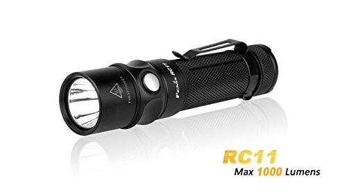 Fenix RC11 1000 lumens CREE XM-L2 U2 Lampe torche LED Lampe de poche de charge magnétique avec 18650 Batterie Li-Ion