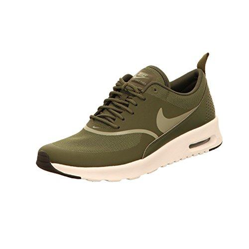 Nike Damen Wmns Air Max Thea Gymnastikschuhe, Grün (Cargo Khaki/Dark Stucco/Black 310), 40 EU (Air Wmns)