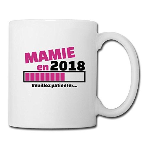 Spreadshirt Mamie En 2018 Veuillez Patienter Mug blanc, blanc