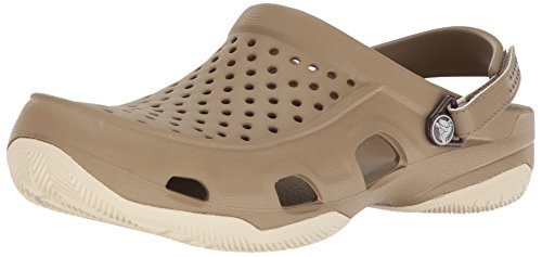 crocs Swiftwater Deck Clog Men, Herren Clogs, Braun (Khaki/Stucco), 45/46 EU (Khaki Schnitt)