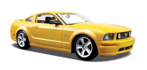 maisto-31997-ford-mustang-gt-coupm-i-05-124