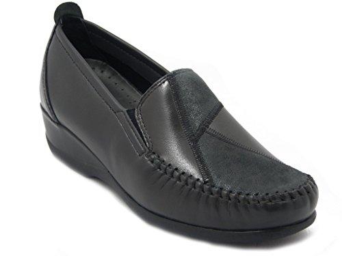 Mocassino Kelidon linea comfort, scarpa in pelle colore grigio, suola in gomma flessibile e antiscivolo, zeppa 4cm. 2806 I16