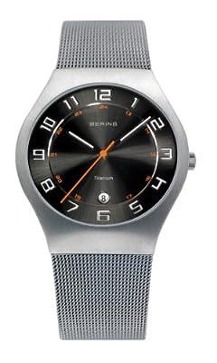 Bering Classic - Reloj analógico de caballero de cuarzo con correa de acero inoxidable plateada - sumergible a 50 metros de Bering