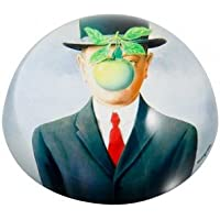 Pisapapeles Magritte «El hijo de hombre» con domo de cristal