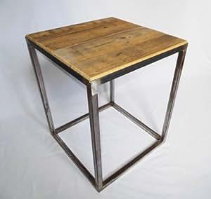 Table d'appoint en acier brut et bois ancien