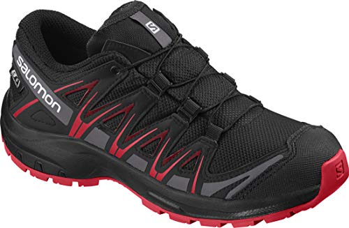 Salomon Kinder XA Pro 3D CSWP J, Trailrunning-Schuhe, Wasserdicht, Schwarz (Black/Black/High Risk Red), Größe 35