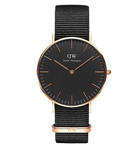 Daniel Wellington Classic Unisex Quartz Watch with Black Analogue Quartz Fabric DW00100150